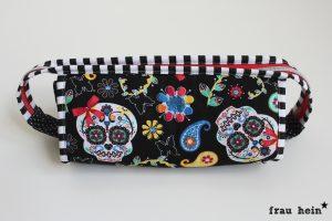 frau hein : Totenkopf Regenbogen Sew together bag (Schnittmuster: Sew demented)